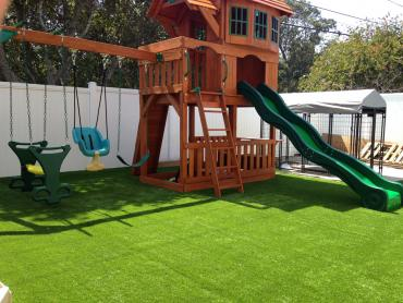 Artificial Grass Photos: Synthetic Turf Sky Valley, California Backyard Deck Ideas, Beautiful Backyards