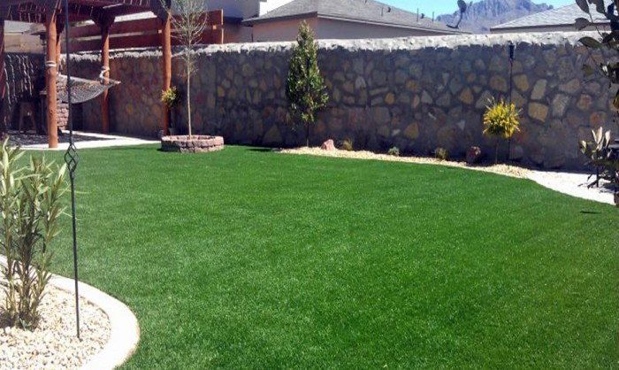 Artificial Grass for Commercial Applications in Riverside County